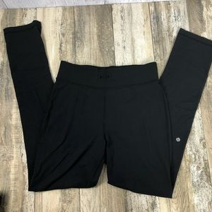 LuLuLemon Yoga Pants Size 8